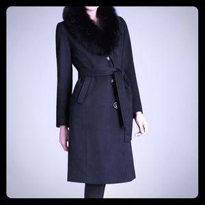 Ellen Tracy black coat with fur neckline